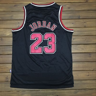 absorbent Mitchell Ness Apparel Chicago Bulls #23 Michael Jordan Black Swingman EFI702